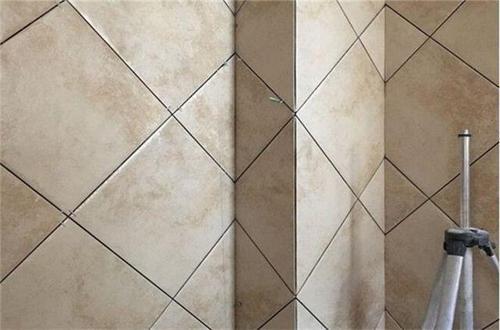 瓷砖对缝铺贴