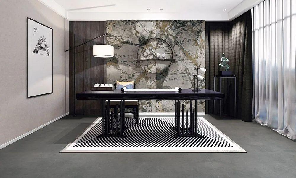 装修使用岩板还是天然大理石